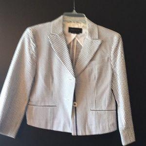 Summer cropped blazer